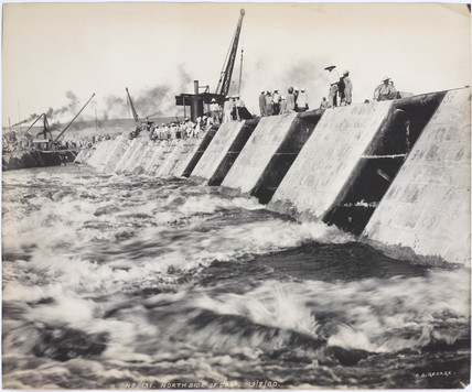 North side of the Aswan Dam, Egypt, during construction, July 1900.