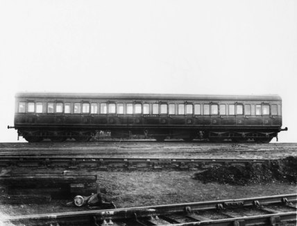 GSWR ten compartment, non-corridor third clas carriage, 1910s.