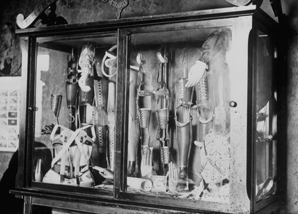 Various prosthetic devices, 1890-1910.