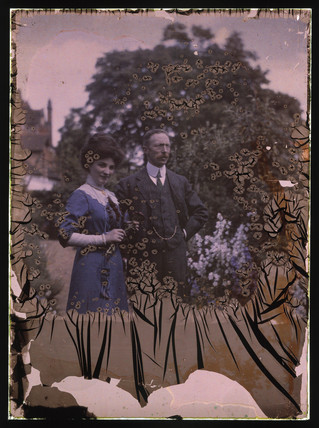 Autochrome taken in the garden of Observatory House, Slough, 1911.