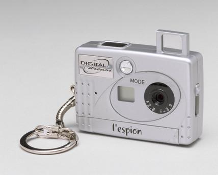 'Cardcam' digital camera, 2002.