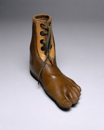 Jaipur artificial foot, 1982.