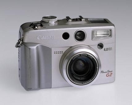 Canon 'PowerShot G2' digital camera, 2002.