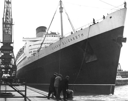 'Queen Elizabeth' liner, Southampton Docks, Hampshire, April 1951.