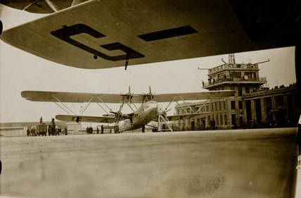 HP42 G-AAXF 'Helena' at Croydon Airport, 20 January 1932.