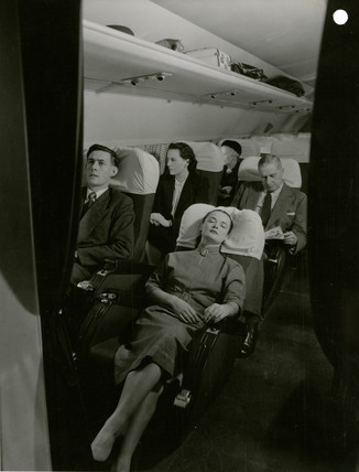 Pasengers travelling on the new De Havilland Comet 1, 1951.
