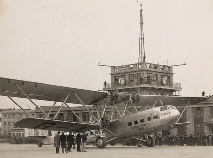 HP42 G-AAXF 'Helena' at Croydon Airport, 29 January 1932.
