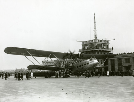 HP42 G-AAXF 'Helena' at Croydon, Greater London, 20 January 1932.