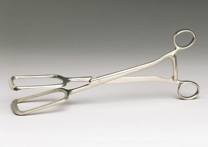 Basil Hall's ovariotomy clamp, 1910-1920.
