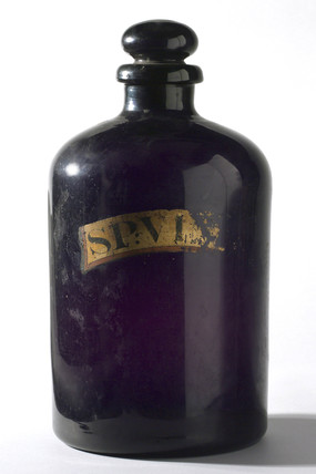 Bottle for storing grape alcohol, English, 1840-1900.