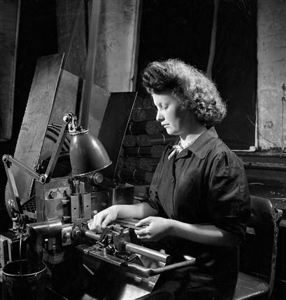 Female machinist at United Steel, Sheffield, 1947.