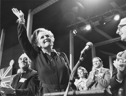 Margaret Thatcher waving at a tory party conference, 14 October 1977.