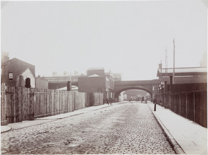 'Great Eastern Railway Bridge over Horseferry Branch Road', London, 1906.