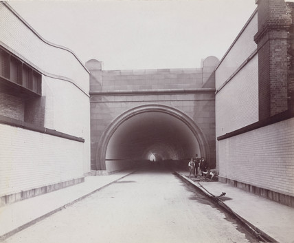 Rotherhithe Tunnel, London, 1908.