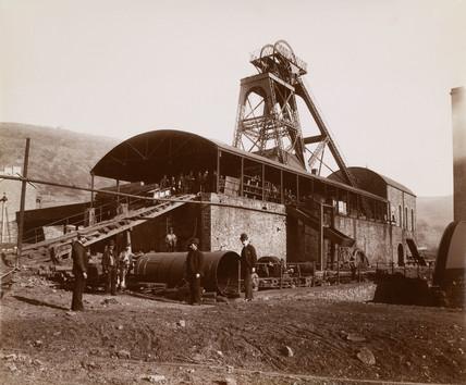 PIt head, Wales, 1880-1895.