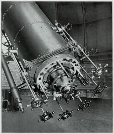 The Yerkes refracting telescope, William Bay, Wisconsin, USA, 1915.