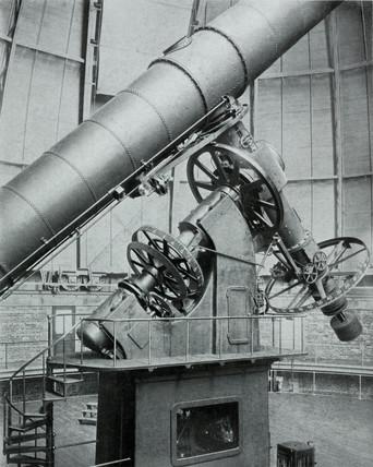 The Yerkes refracting telescope at Williams Bay, Wisconsin, USA, 1915.