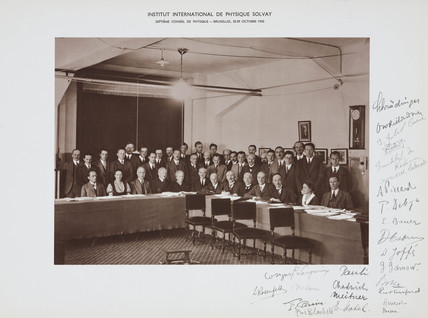 Seventh Solvay Physics Conference, Brusels, 1933.