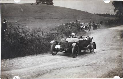 Sunbeam racing car driven by Mis L B Starkie, Yorkshire, 1913.