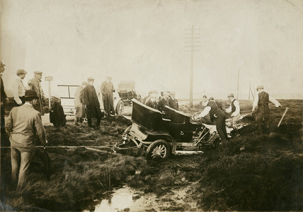Accident, Manchester Automobile Club Hill Climb, 1912.
