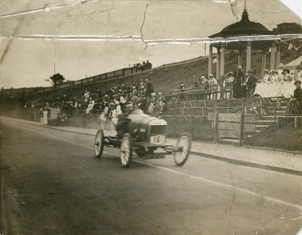 Singer 10 at Colwyn Bay Speed Trials, c 1912.