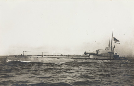 The M3 submarine, early 20th century.