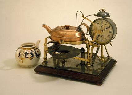 An automatic tea-making machine, c 1902.
