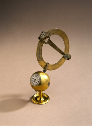 Mechanical equinoctial sundial, mid 18th century.