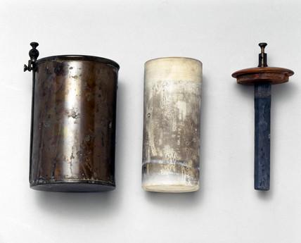 Daniell battery, 1895.