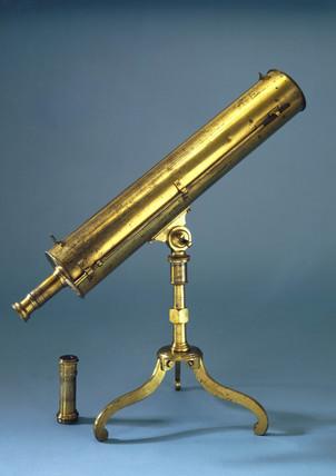 Gregorian reflecting telescope, 1748-1768.