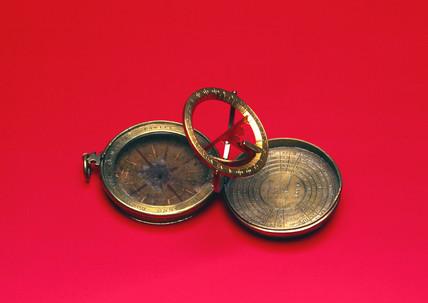 Portable universal equinoctial sundial, 1588.