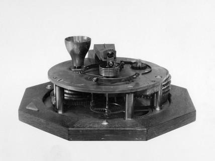Two-day marine chronometer, late 18th century.
