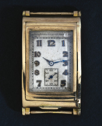 'Wig-Wag' self-winding wristwatch, 1931.