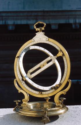 Universal ring dial, English, 1734-1796.