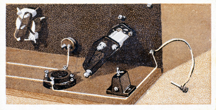 'How to build a two valve set', No 8, Godfrey Philips cigarette card, 1925.