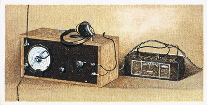 'How to build a two valve set', No 25, Godfrey Philips cigarette card, 1925.