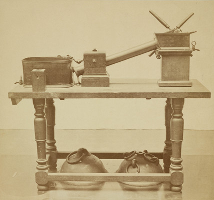 Muschenbroek's air pump, 1876.