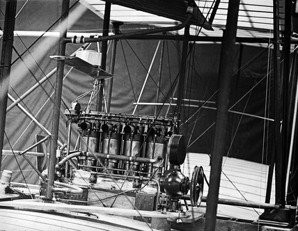 The engine of Maxim's 1910 aeroplane that never flew, 1910.