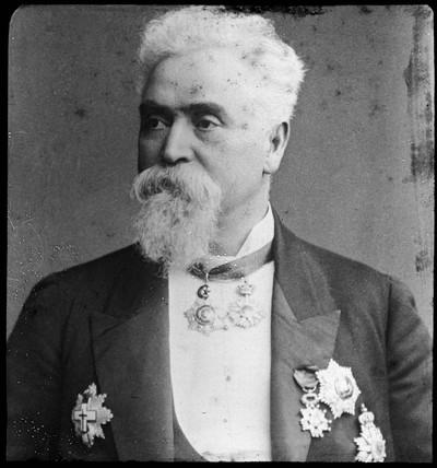 Sir Hiram Stevens Maxim, studio portrait, c 1894.