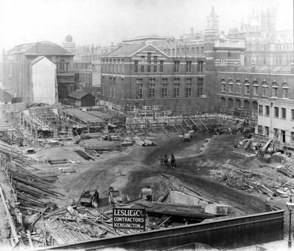 Construction of the East Block, Science Museum, London, 11 May 1914.