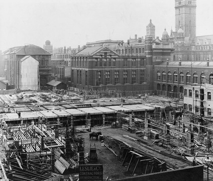 Construction of the East Block, Science Museum, London, 8 September 1914.