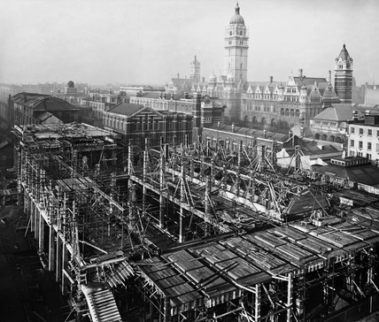 Construction of the East Block, Science Museum, London, 8 December 1915.
