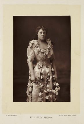 'Mis Julia Neilson', 1892.