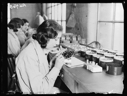 Women painting alarm clock faces, Ingersoll factory, January 1932.