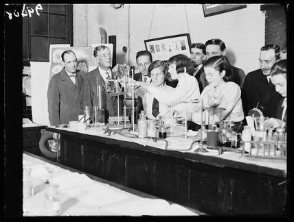School chemistry demonstration, London, 25 October 1932.