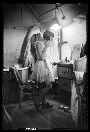 Chorus girl, 1933.