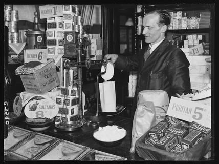 Weighing sugar, 1934.