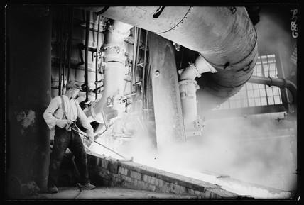 '£1,000,000 furnace for car making', 1934.