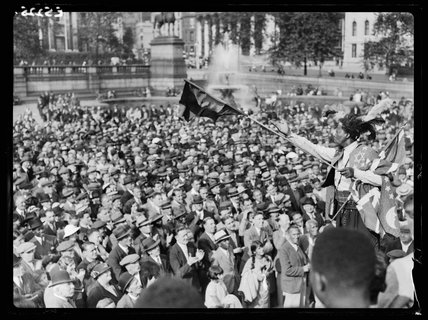 Crowds at a meeting in Trafalgar Square, 1935.