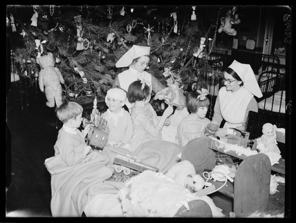 Hospital Christmas party, 1937.